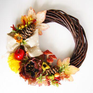 Wianek jesienny na drzwi
